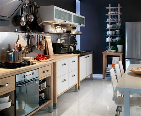 Best Dining Room And Kitchen Table Sets For Small Spaces