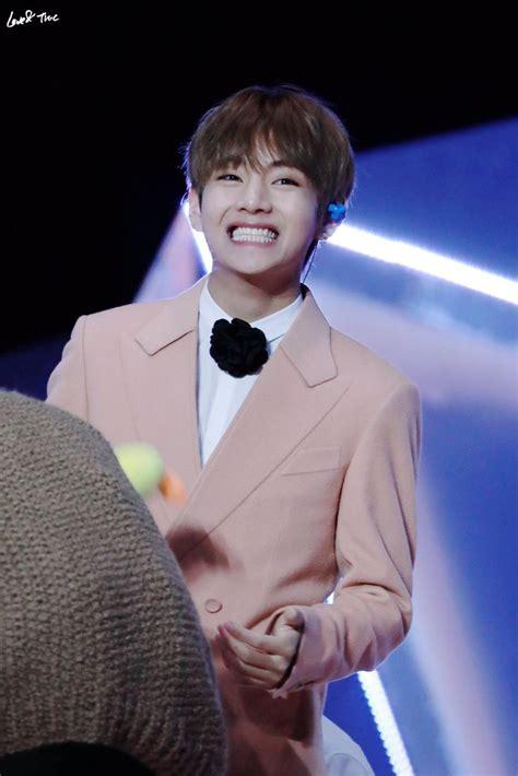 love    smiles    freaking cute