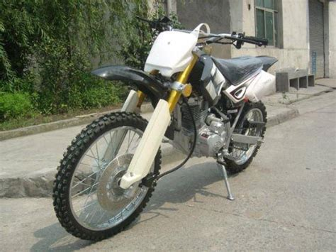 Suzuki Style Dirt Bike For 200cc With Upside Down Forks(id