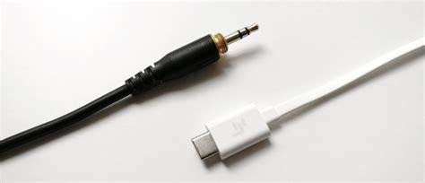 editorial headphone jack usb audio