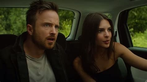 Welcome Home trailer: Οι Emily Ratajkowski και Aaron Paul ...