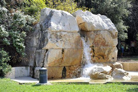 fontaine cagne pastr 233 par marc dossetti montredon marseille