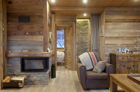 peinture carrelage cuisine plan de travail intérieur vieux bois travaux d 39 aménagement et de