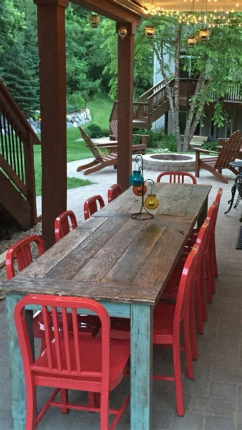 barn wood tables ideas  pinterest reclaimed wood tables barn table  rustic table
