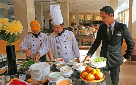 Food and Beverage jobs on board cruise shipGood to Know