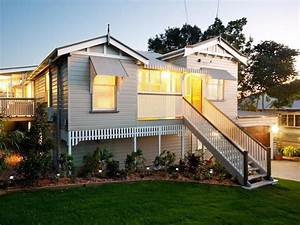 weatherboard queenslander house exterior with porch With outdoor lighting queenslander