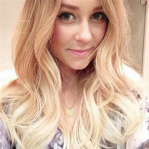 The Gallery For Gt Blonde Hair Girl Selfie