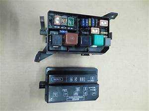 1994 1995 Geo Prizm Oem Main Fuse Relay Box 1 6l At