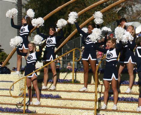 cheerleaders sport world outback bowl cheerleader preview