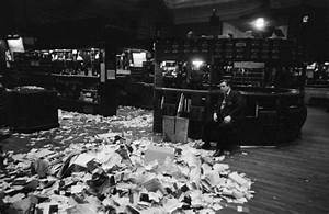 A Lesson From the 1929 Stock Market Crash | Flashback | OZY