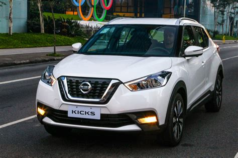nissan kicks new nissan kicks suv 2016 pictures auto express