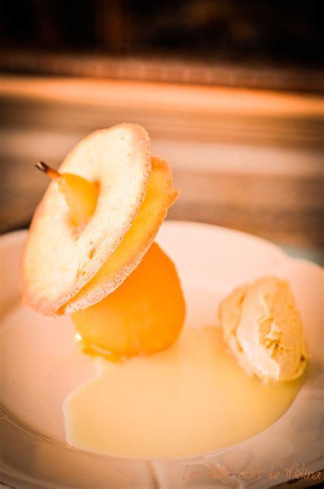 dessert jus d orange poires poch 233 es au jus d orange langue de chat en disque ganache de chocolat blanc les petits
