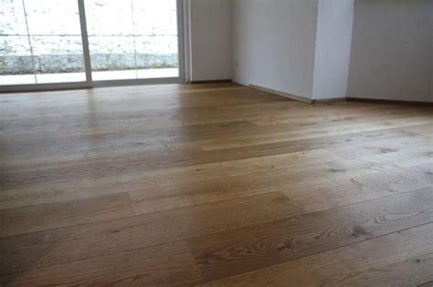 Pvc Boden Vom Holzboden Entfernen by Wachs Vom Holzboden Entfernen Grauen Kleber Vom Holzboden