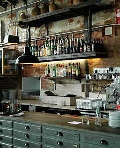 Etagere Style Industrielle : etagere style industriel pas cher 3 cuisine industrielle l233l233gance brute en 82 photos ~ Teatrodelosmanantiales.com Idées de Décoration