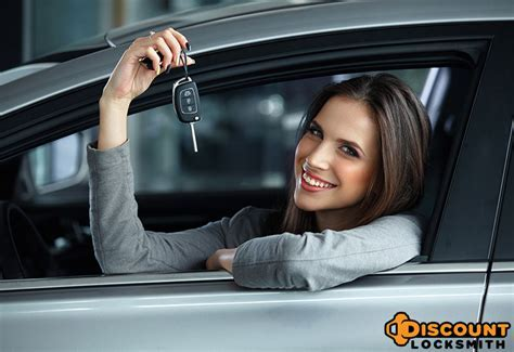Locked Out of Your Car?   24/7 Car Lockout in Tucson