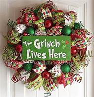 grinch christmas decorations ideas - The Grinch Themed Christmas Decorations
