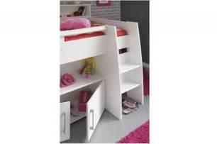 lit avec bureau lit blanc mi hauteur avec bureau rangement fille ou