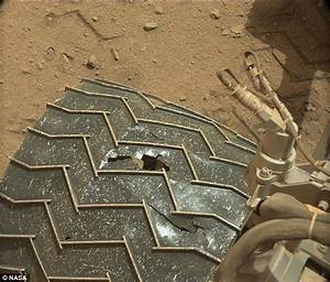 NASA's Curiosity Rover has a puncture! | Daily Mail Online