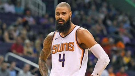 Tyson Chandler officially signed with the LA Lakers ...