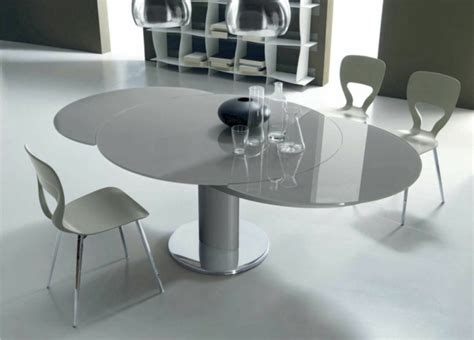 cuisine grise et blanc la table ronde extensible idées pratiques pour votre