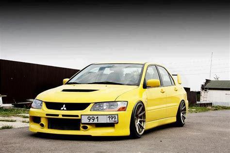mitsubishi-evolution-9-yellow-xxr-527-gold - Rides & Styling