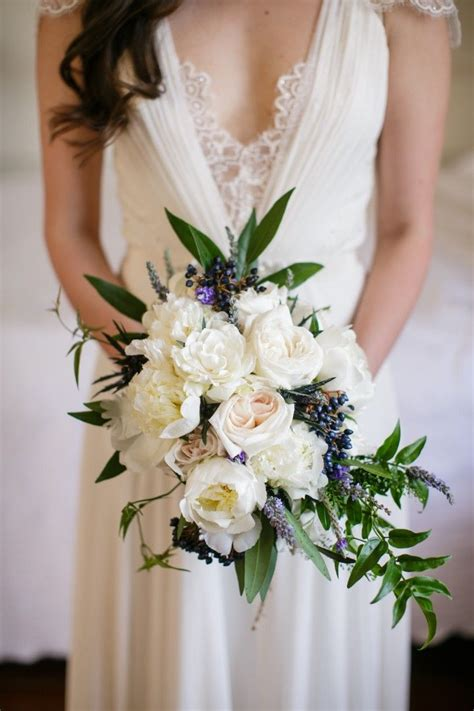 beautifully chic  orleans wedding wedding bouquets