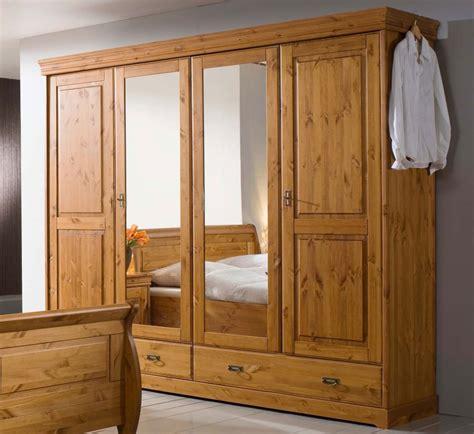 kleiderschrank massivholz kiefer massivholz kleiderschrank 4t 252 rig kiefer massiv holz schrank honig