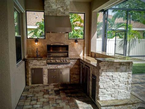 outdoor kitchen backsplash ideas creative outdoor kitchens backsplash creative outdoor 3824