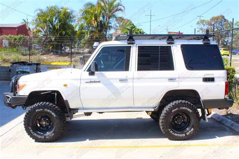 Packed with a v8 turbo diesel engine & a strong towing capacity. Toyota Landcruiser 76 Series Wagon White 65270 | Superior ...