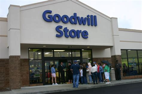 goodwill store in indianapolis goodwill store 9510