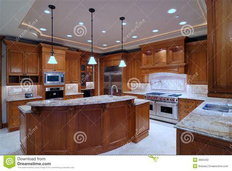 grande cuisine ouverte grande cuisine ouverte photographie stock image 3660432