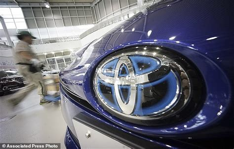 toyota motors japan toyota recalls 3 37 million cars worldwide over airbag and