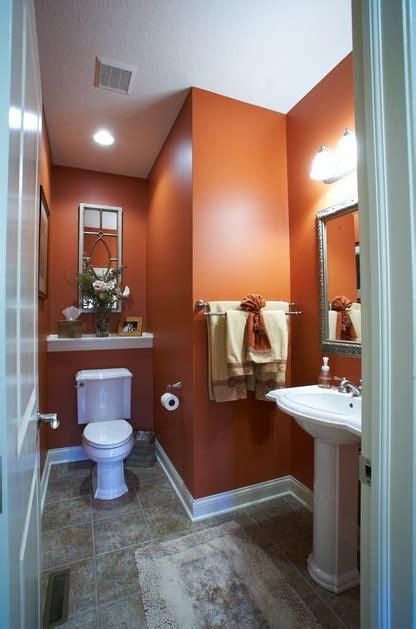 Orange Bathroom Wall Decor by Orange You Glad That Cavern Clay Sw 7701 Looks So Stunning