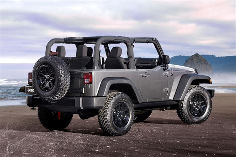 Jeep Wrangler Reviews: Research New & Used Models   Motor