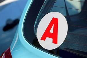 Arreter Une Assurance Voiture : que signifie l autocollant a sur une voiture ~ Gottalentnigeria.com Avis de Voitures