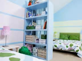 kid bedroom ideas how to divide a shared 39 room hgtv