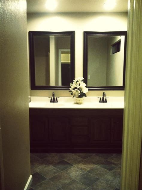Includes video instructions and materials needed for setting them up. Master Bath - Dual Sink Vanity - Recessed Lighting - Oil ...