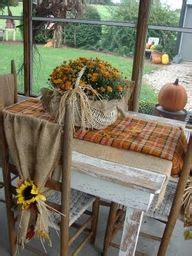 beautiful ways  decorate  porch  fall fall crafts  decor pinterest hot