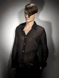 Sophisticated men's hairstyle with a closely clipped nape ...  Men