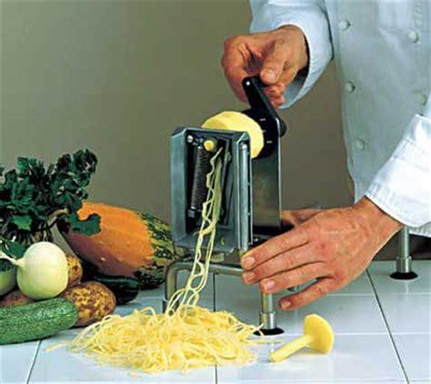 coupe légumes professionnel coupe l 233 gumes rouet professionnel meilleurduchef