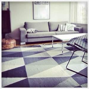 Tapis Style Scandinave : vendu tapis losanges ikea vintage deco trendy a t e l i e r ~ Teatrodelosmanantiales.com Idées de Décoration