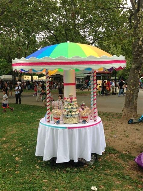 carousels table umbrella  carousel party  pinterest
