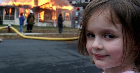 Girl House Fire Meme - disaster girl meme zoe roth now