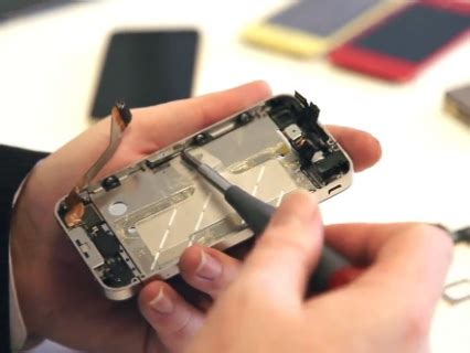how to fix an iphone screen how to repair a iphone screen business insider