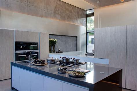 Creative Renovation Gives Modern Life To An Existing Frame : Interior Design Ideas