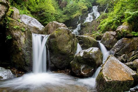How To Photograph Waterfalls (a Waterfall Photography