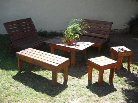 Patio Furniture Made From Pallets by Outdoor Inspired Pallet Patio Furniture 99 Pallets