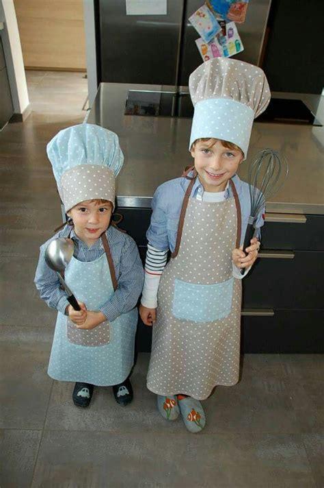 deguisement cuisine tablier et toque de cuisinier enfant projets à essayer