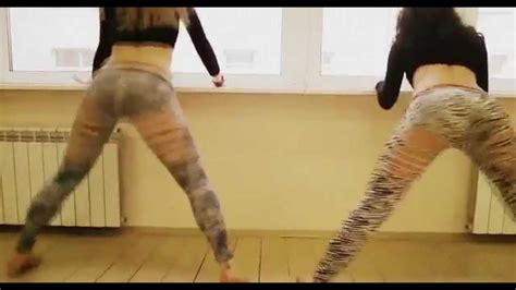 White Girls Can Twerk Bonose Youtube