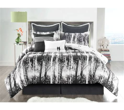 Qvc Bedroom Sets by Woodlands 8 Reversible Bedding Set Qvc